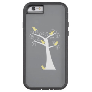 Cinco pájaros amarillos en un árbol funda para  iPhone 6 tough xtreme