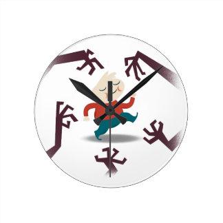 Cinco pequeños zombis y engranaje de Fred Reloj Redondo Mediano