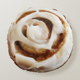 Cinnamon Bun with Icing Round Pillow