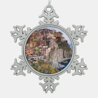 Cinque Terre, Italia Adorno De Peltre En Forma De Copo De Nieve