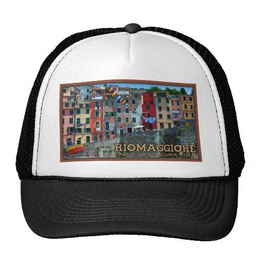 Cinque Terre - Riomaggiore Houses Mesh Hat