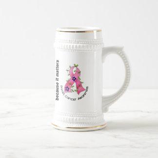 Cinta 3 de la flor del cáncer de pecho jarra de cerveza