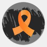 Cinta anaranjada de la leucemia con garabato pegatina redonda