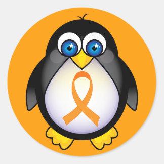 Cinta anaranjada del pingüino del regalo de la pegatina redonda
