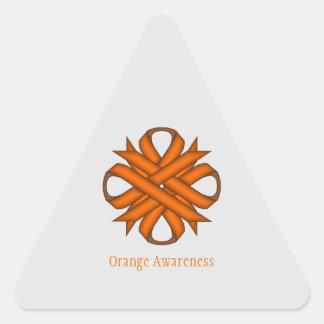 Cinta anaranjada del trébol pegatina triangular
