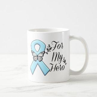 Cinta azul clara para mi héroe taza clásica