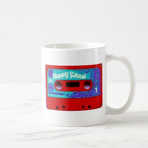 Cinta de casete audio retra roja tazas de café