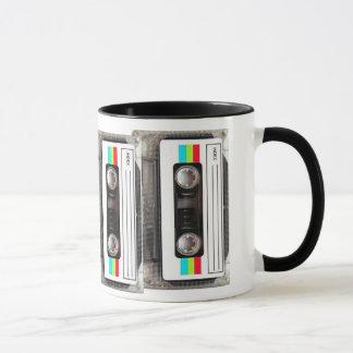 cinta de casete de los años 80 taza
