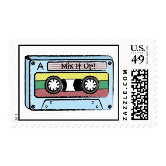 Cinta de casete dibujada mano del dibujo animado sello postal