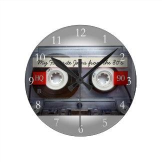 Cinta de casete divertida de los años 80, personal reloj redondo mediano