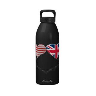 Cinta de la bandera y de teletipo de los corazones botella de agua reutilizable