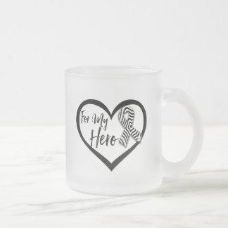Cinta de la conciencia de la cebra para mi héroe taza de cristal