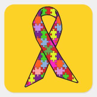 Cinta de la conciencia del autismo en modelo del pegatina cuadrada
