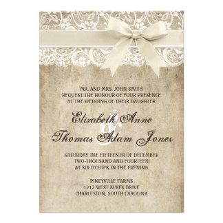 Cinta de la elegancia del vintage en la invitación