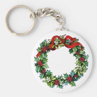 Cinta de la guirnalda w/red del navidad del acebo  llavero redondo tipo pin