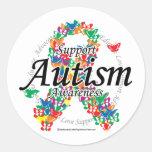 Cinta del autismo de mariposas pegatina redonda