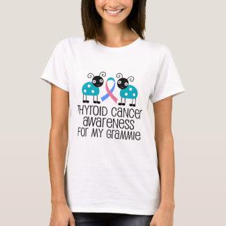 Cinta del cáncer de tiroides para mi Grammie Playera