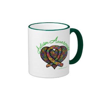 Cinta del corazón del mosaico del autismo tazas de café