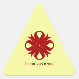 Cinta del trébol de Borgoña Pegatina Triangular