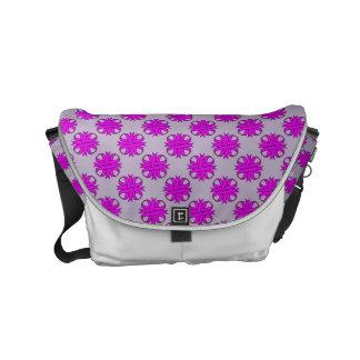 Cinta del trébol púrpura bolsa de mensajeria