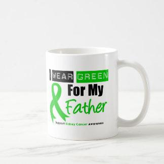 Cinta del verde del cáncer del riñón para mi padre taza clásica