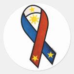 "Cinta filipina de la ""ayuda"" pegatina redonda"