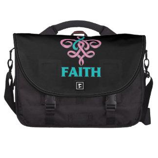 Cinta hereditaria de la flor de lis de la fe del c bolsas de portátil