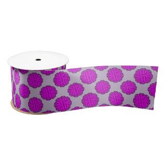 Cinta púrpura de la flor lazo de raso