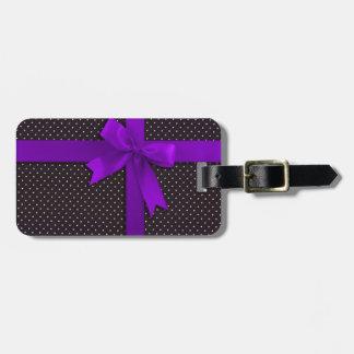 Cinta púrpura del lunar etiquetas para equipaje