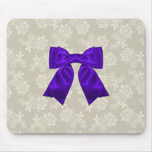Cinta púrpura elegante en el cordón Mousepad Tapetes De Ratones