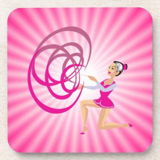Cinta rosada de la gimnasia rítmica posavaso