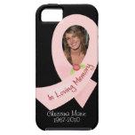 Cinta rosada en memoria de la plantilla de la foto iPhone 5 coberturas