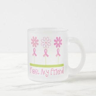 Cinta rosada para mi amigo taza de cristal