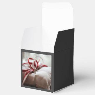 Cinta temática, roja y blanca blanca guardada cajas para regalos de fiestas