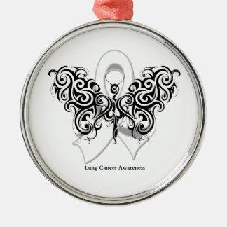 Cinta tribal de la mariposa del cáncer de pulmón adorno navideño redondo de metal