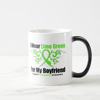 Cinta tribal del linfoma para mi novio tazas