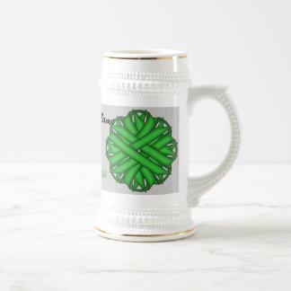 Cinta verde Tmpl de la flor de Kenneth Yoncich Jarra De Cerveza