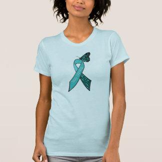 Cinta y mariposa de la conciencia del cáncer playera