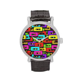 Cintas de audio coloridas del analoge 80s relojes de pulsera