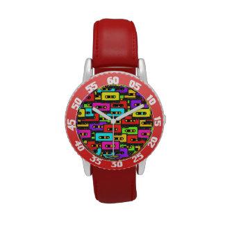 Cintas de audio coloridas del analoge 80s relojes de mano