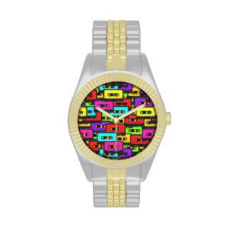 Cintas de audio coloridas del analoge 80s reloj