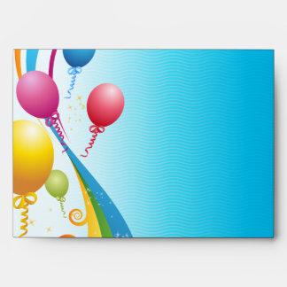 Cintas rizadas coloridas de los globos el | sobres