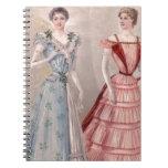 Cinturas minúsculas de los vestidos del bonito libro de apuntes con espiral