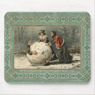 Circa 1879: Hombre del rollo de dos mujeres en nie Mouse Pad