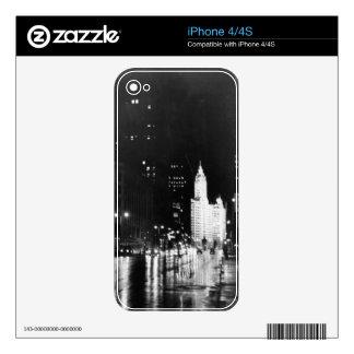 circa 1954:  A view down Michigan Avenue iPhone 4 Skins