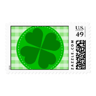 Circle hearted Shamrock w green ribbed background Postage
