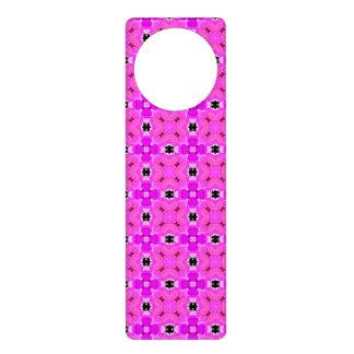 Circle Lattice of Floral Pink Violet Modern Quilt Door Hanger