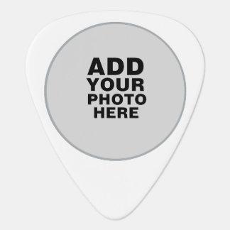 circle photo guitar pick