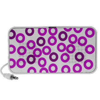 Circles ipod case iPhone speakers