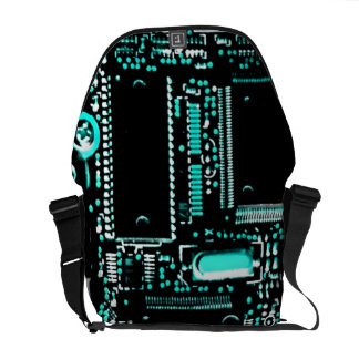 Circuit Aqua 2 medium zero messenger bag
